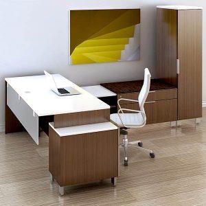 Maverick Apex Desk
