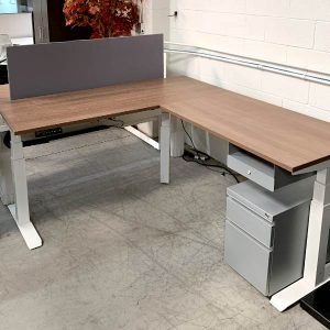 AMQ Used Height Adjustable Workstation