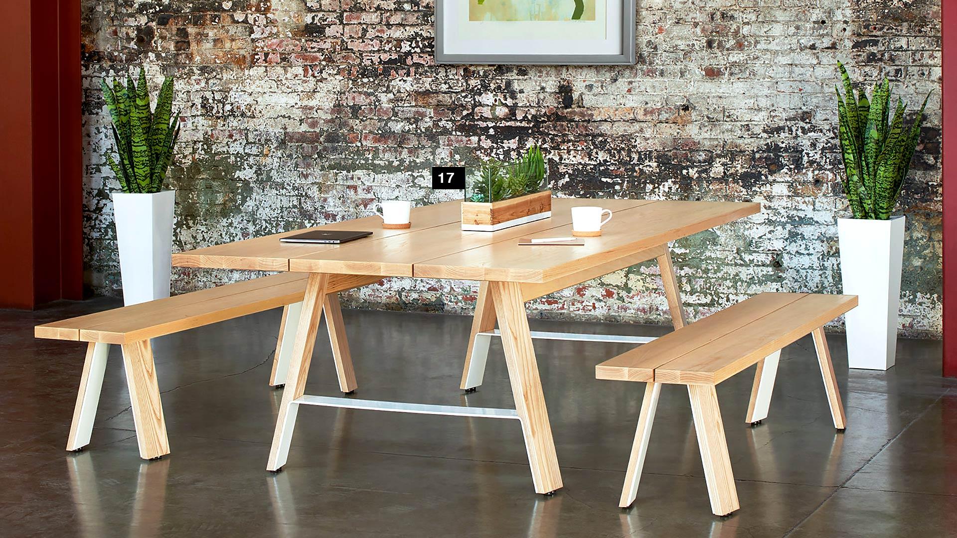 scandinavian-office-arcadia-contract-delen-meeting-table